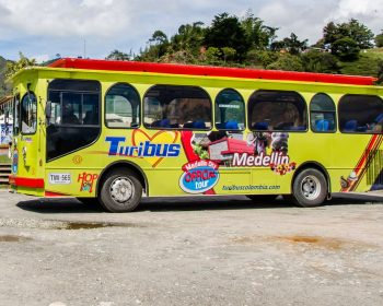 Medellin-Bus-City-Tour