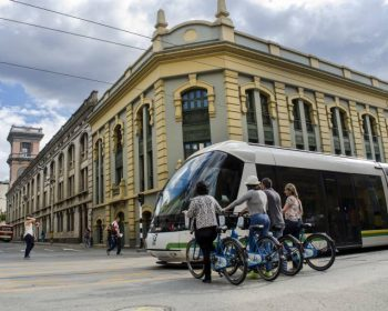 Medellin-City-Tour-palacio-nacional-junin