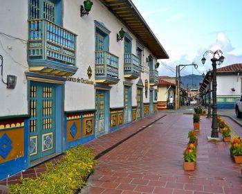Medellin-guatape-tour-02