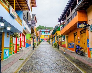 Medellin-guatape-tour-04