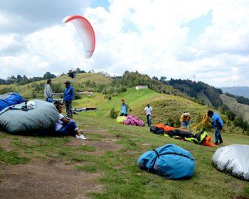 Medellin-paragliding-tour-01